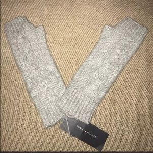New Tommy Hilfiger fingerless gloves OS